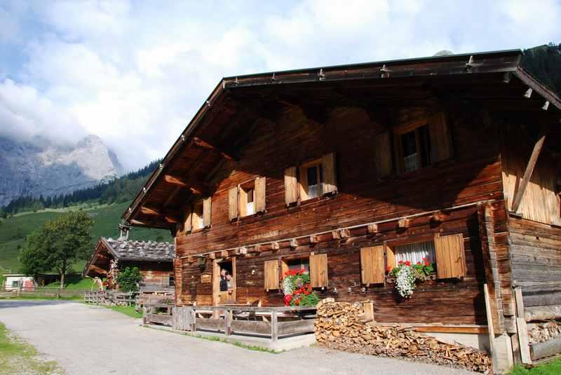 Eine Ahornboden Übernachtung in der Engalm mitten im Karwendel, einfach und urig