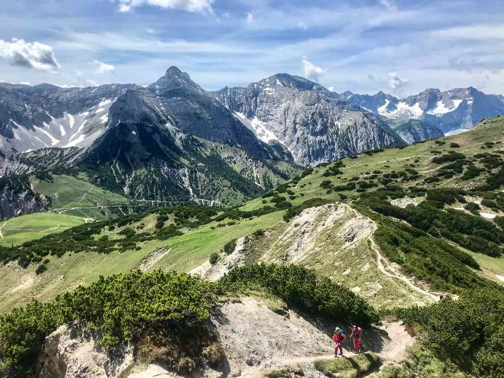 So schön sind die Berge der Gegend. Willst du selbst mal dort hin?