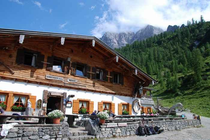 Urige private Hütte oberhalb der Eng: Die Binsalm