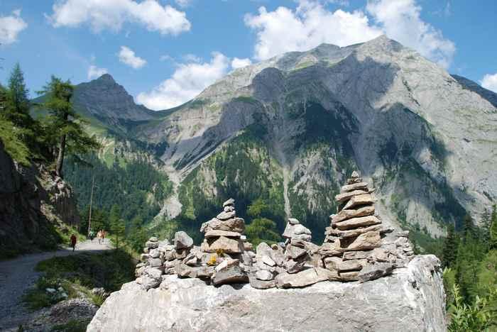 Die schönen Berge im Engtal beim Wandern und Mountainbiken in Hinterriss Eng am Ahornboden