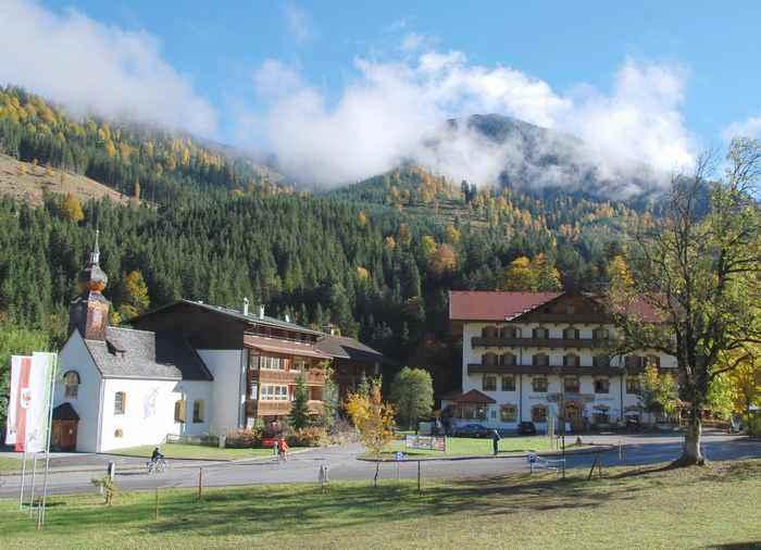 Übernachten im netten Tiroler Gasthof zur Post in Hinterriß