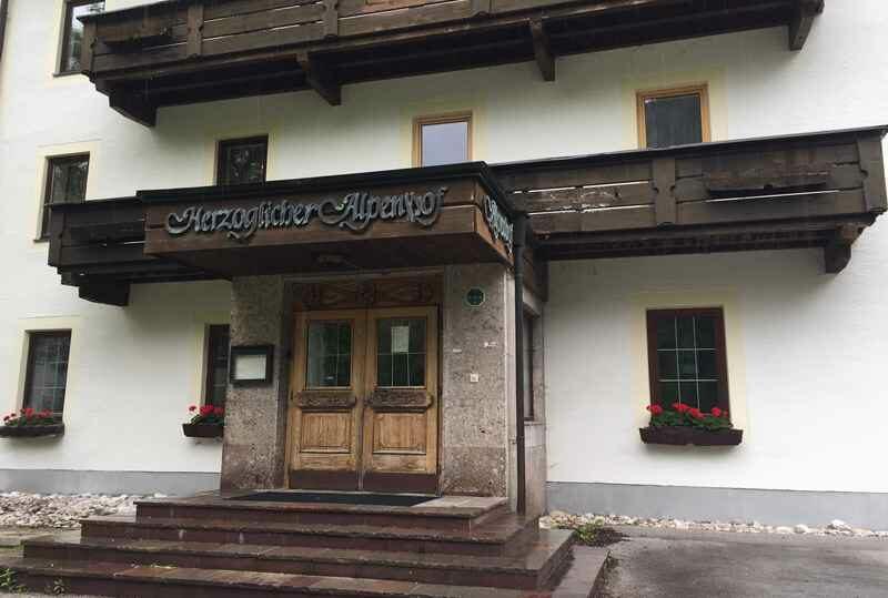 Der ehemalige Herzogliche Alpenhof bei Hinterriss