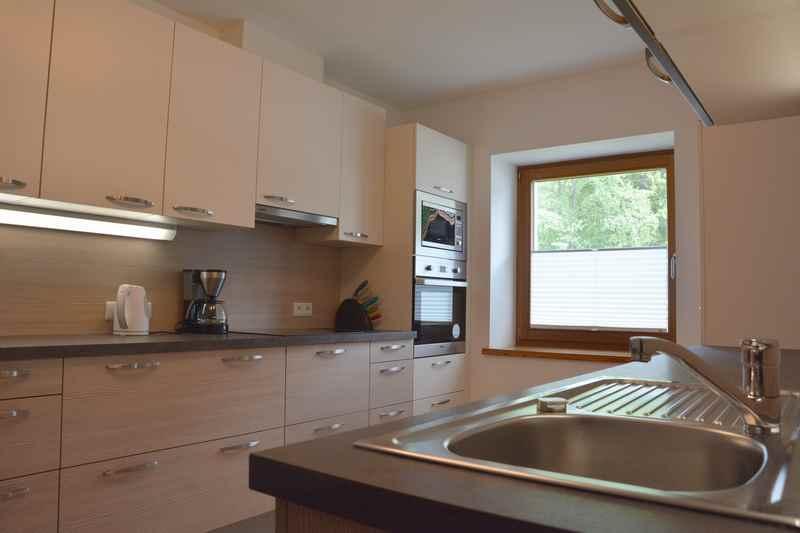 Die abgetrennte Küche der großen Ferienwohnung mit 3 Schlafzimmern