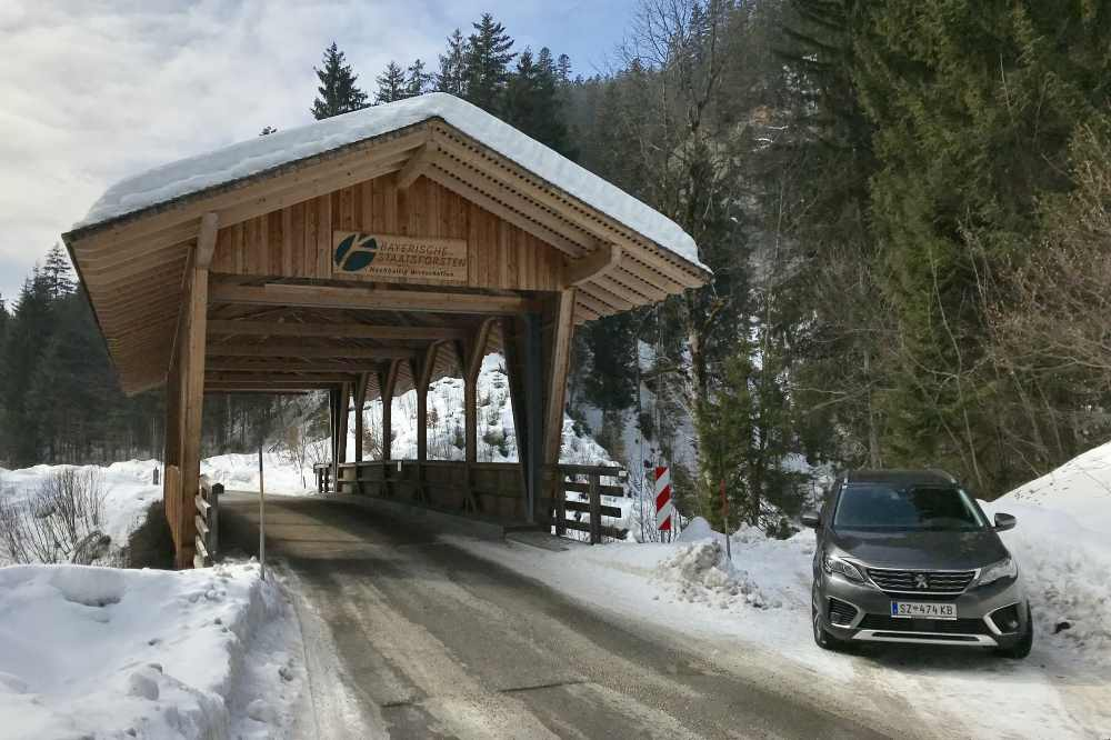 Auch im Winter offen: Die Mautstraße von Wallgau nach Vorderriss