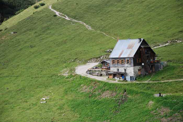 Auf dem Weg vom großen Ahornboden an den Achensee liegt die Plumsjochhütte