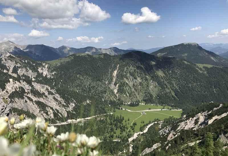 Blick von oben auf das Rontal und den Rontalboden im Karwendel