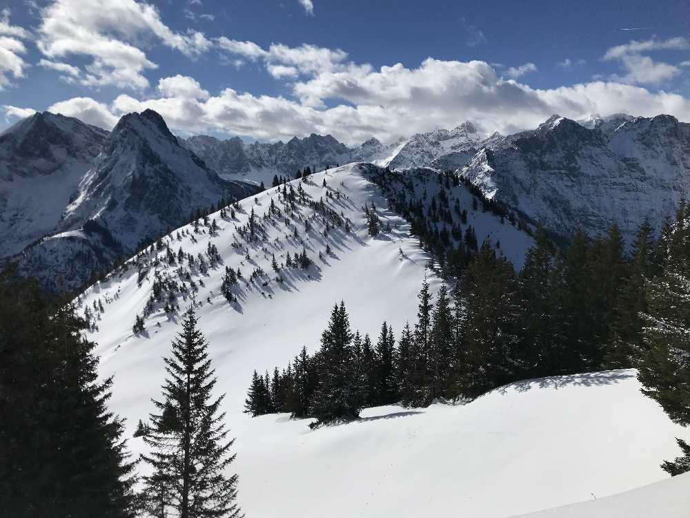 So schön - die Schönalmjoch Skitour in Hinterriss