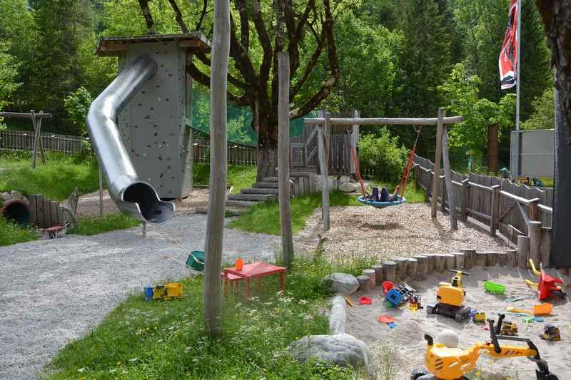 Der Spielplatz in Hinterriss Eng beim Gasthof zur Post