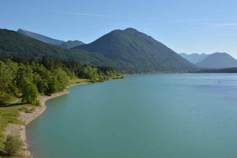 Der Sylvensteinsee ist von Hinterriß mit dem Auto schnell erreicht