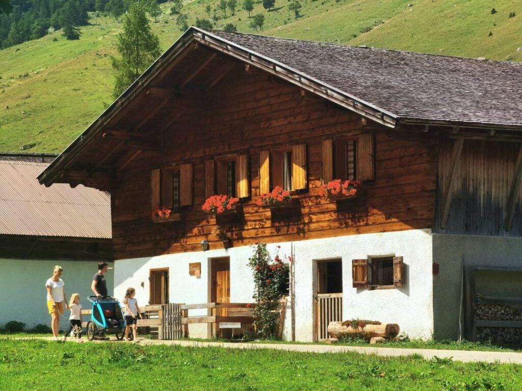 Nockhütte - uriger Bauernhof auf der Engalm