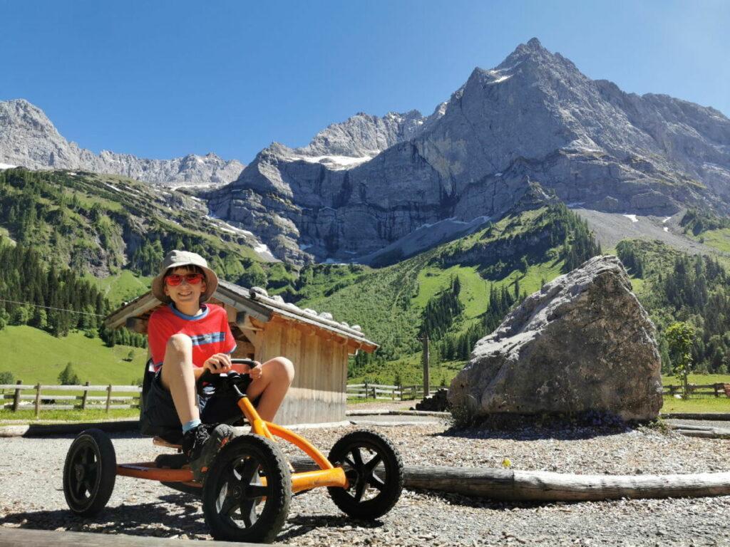 Der beliebte Engalm Spielplatz - ein Paradies für Kinder mitten im Karwendel