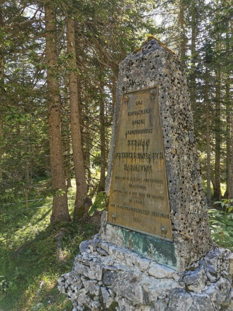 Das ist das Hermann von Barth Denkmal