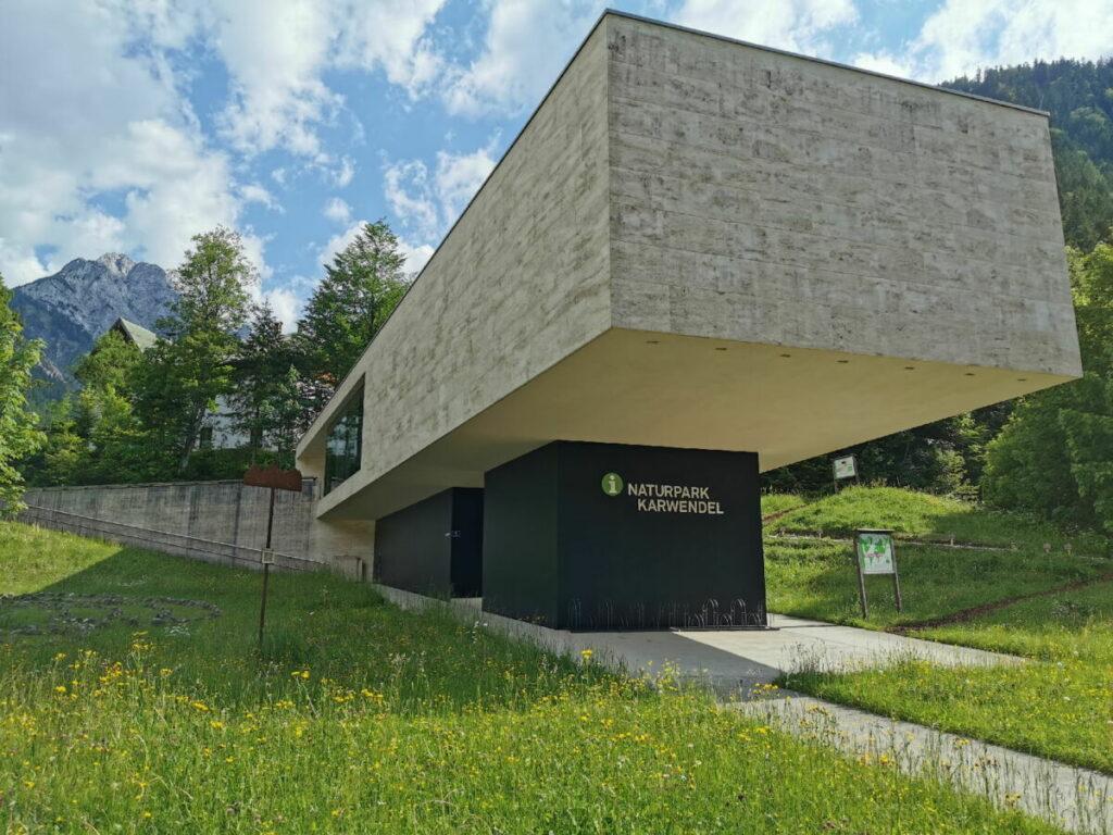 Das Naturparkhaus in Hinterriss mit Informationen über das Karwendel
