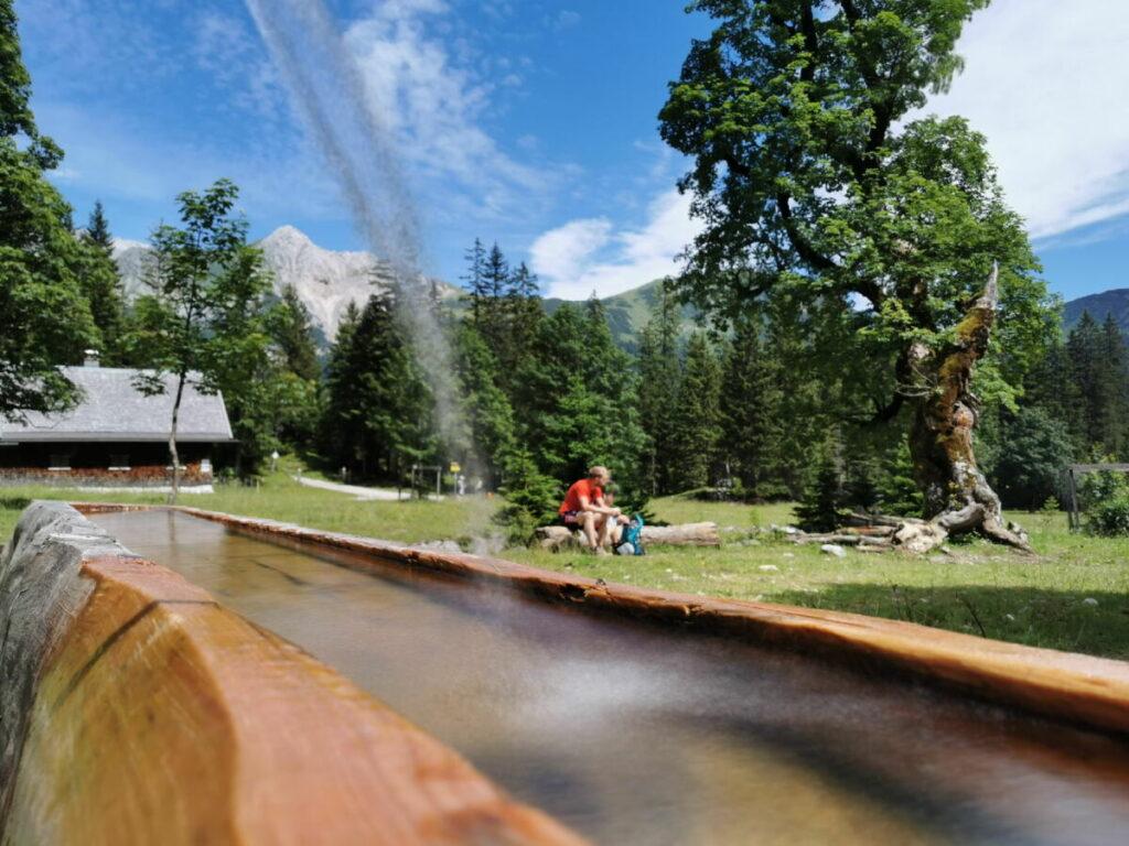 Kleiner Ahornboden - Rastplatz am Brunnen, pure Natur ohne Infrastruktur