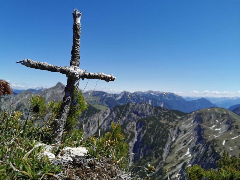 """Das ist das """"Kompar Gipfelkreuz"""""""