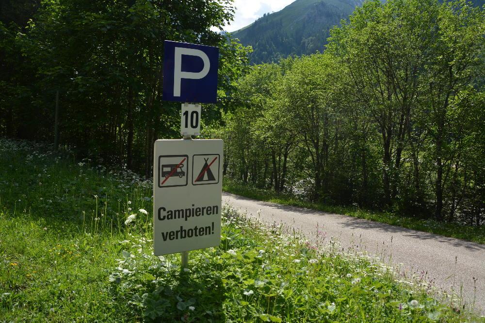 Ende der Mautstraße in der Eng - beachte das Campingverbot im gesamten Bereich!