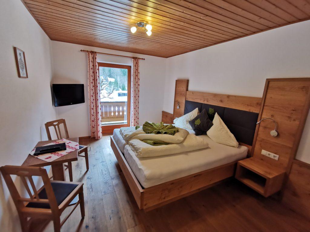 Zimmer Hinterriss:  So schauen die Zimmer im Gasthof zur Post in Hinterriss Eng aus
